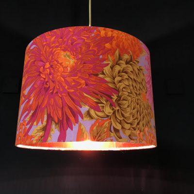 Pink chrysanthemum lampshade
