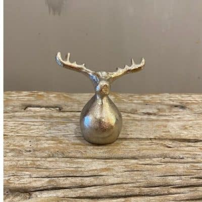 Round silver moose